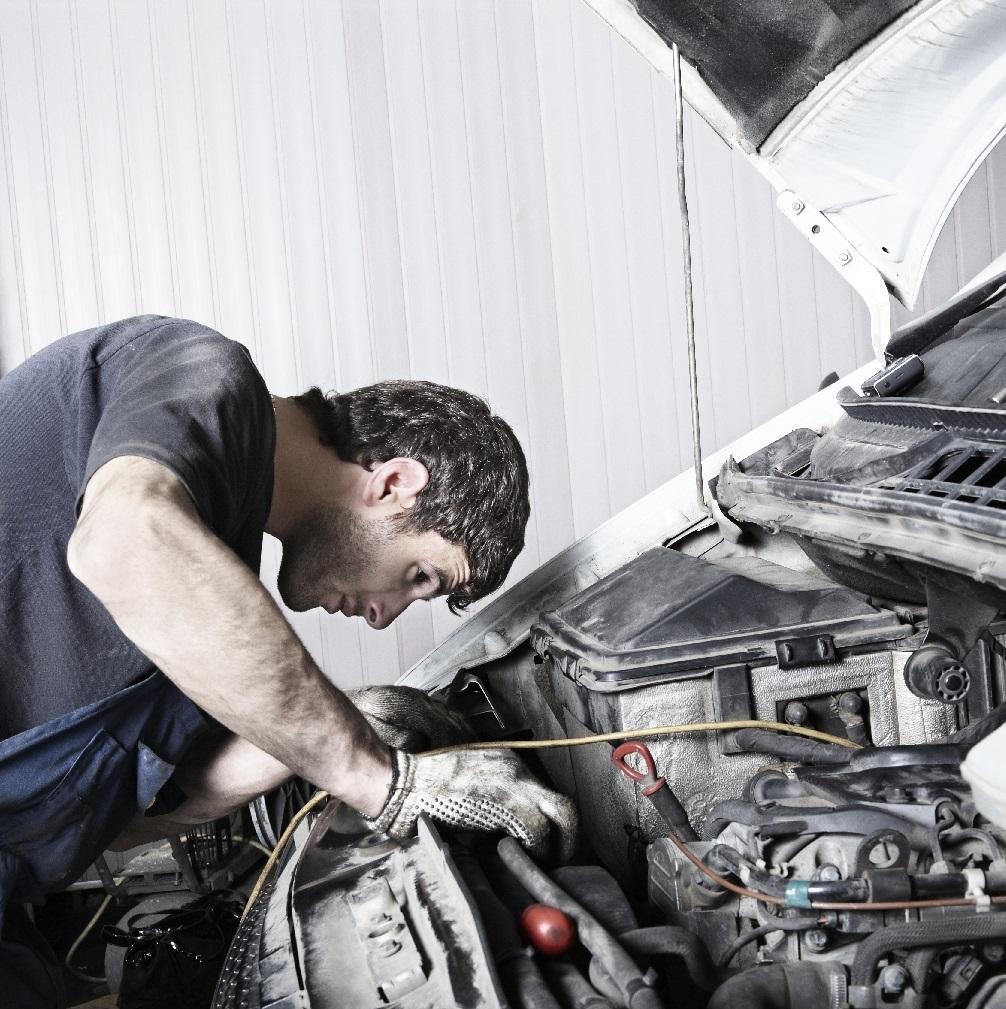 MECÁNICO/A Automóviles - Asesoramiento técnico (Figueres)
